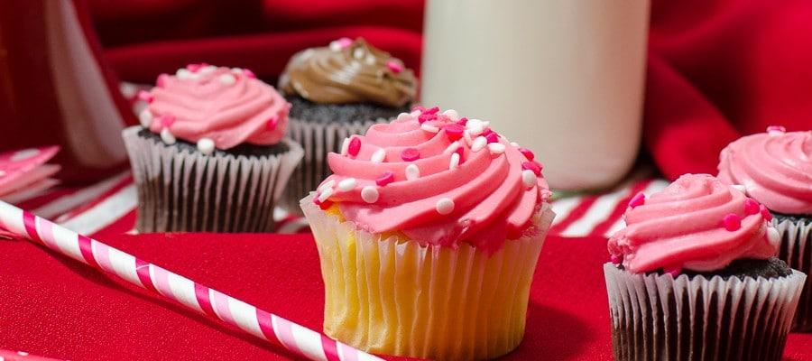 Cupcakes + milk bottles