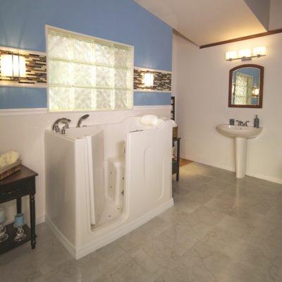 Handicap Accessible Bathroom {my grandparents}