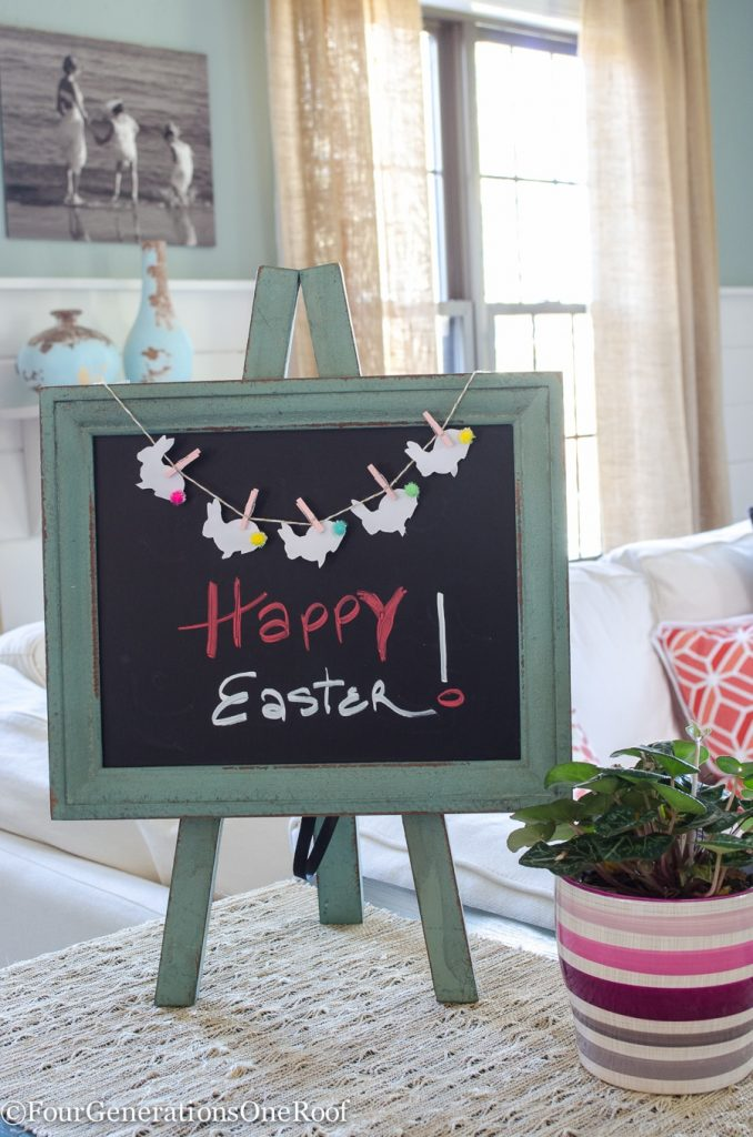 Adorable Easter Bunny Bunting Printable - 33 free spring printables