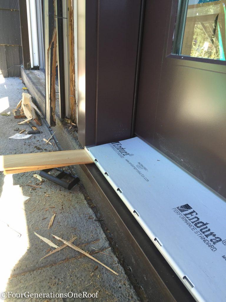 How to install a door / Installing new doors foyer renovation-40