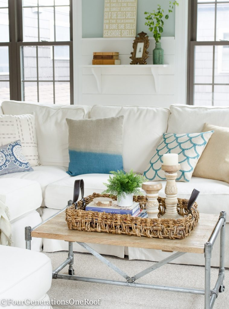 Summer decorating updates in our living room / How to decorate for summer / Coastal Accents