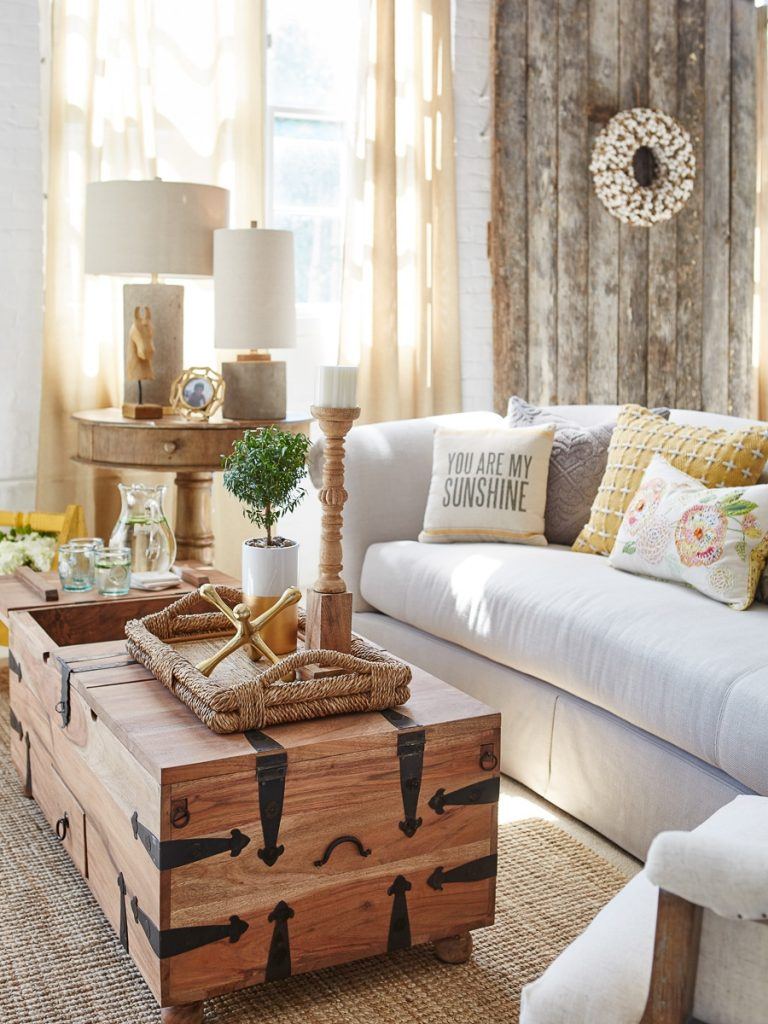 modern farmhouse living room {behind the scenes at homegoods