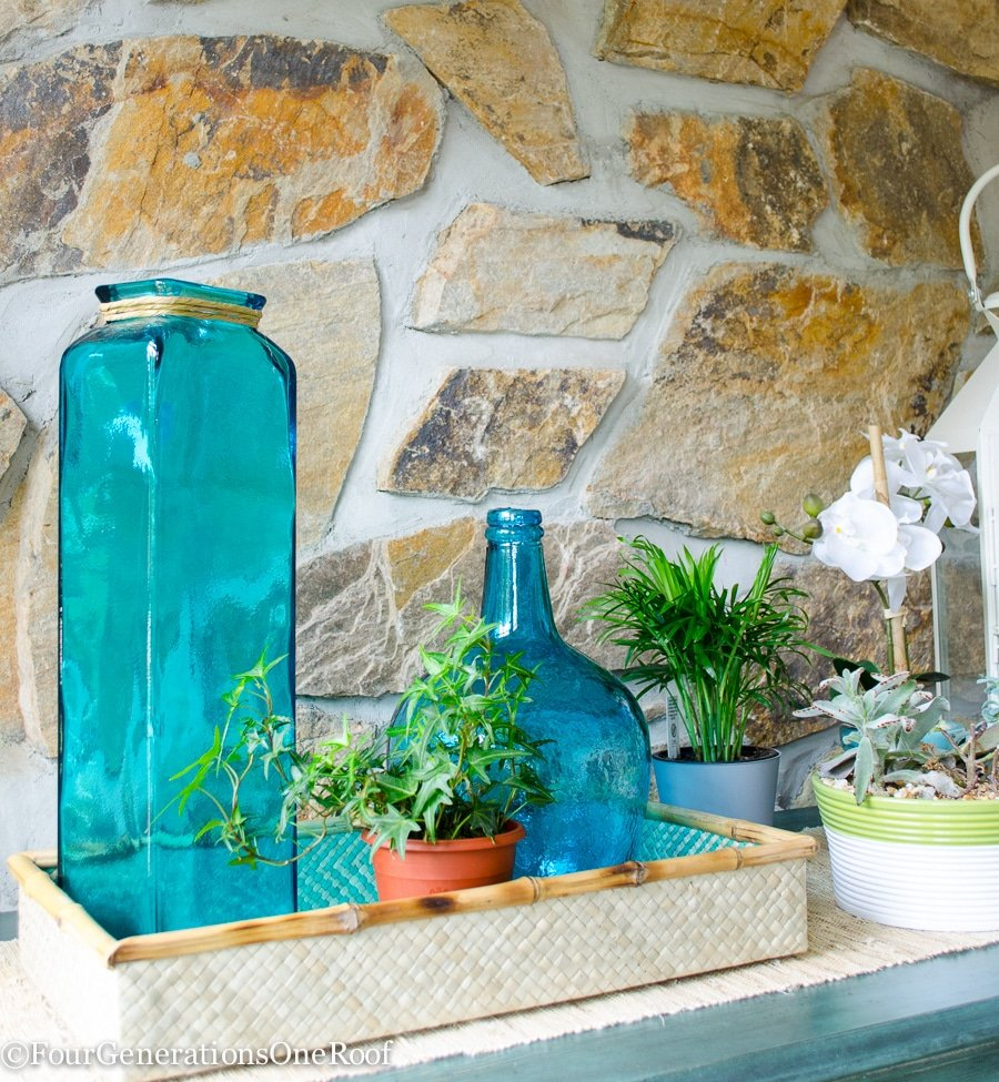 how to decorate with blue and green {our entryway}