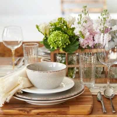 Gorgeous Dining Table {behind the scenes at HomeGoods}