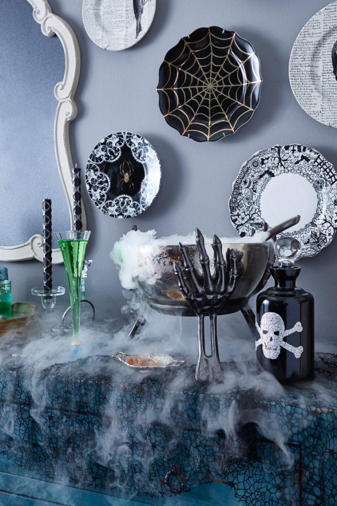 halloween-cocktail-entertaining