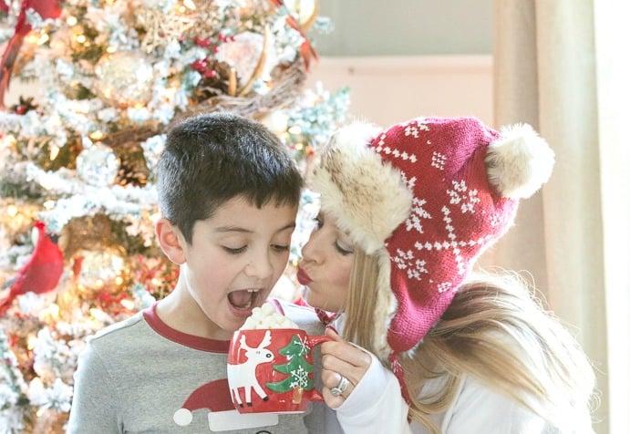 christmas-pajamas-feature-image