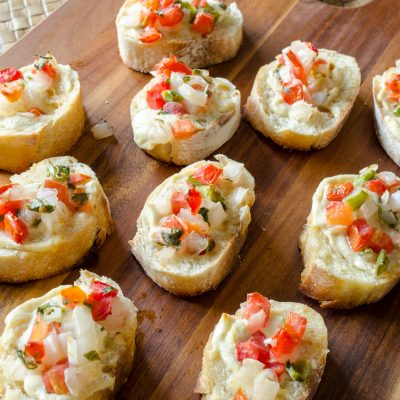 Gourmet Garlic Cheese Spread Bruschetta / How to make a quick and delicious appetizer
