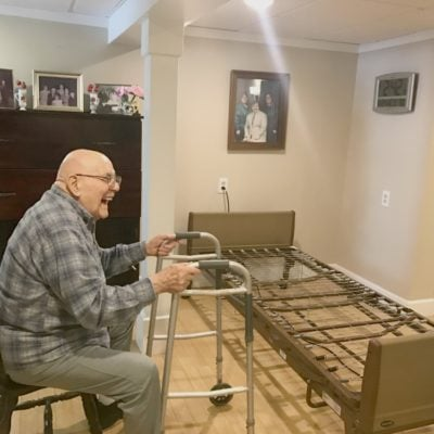Benefits of a Power Hospital Bed for Elderly at Home