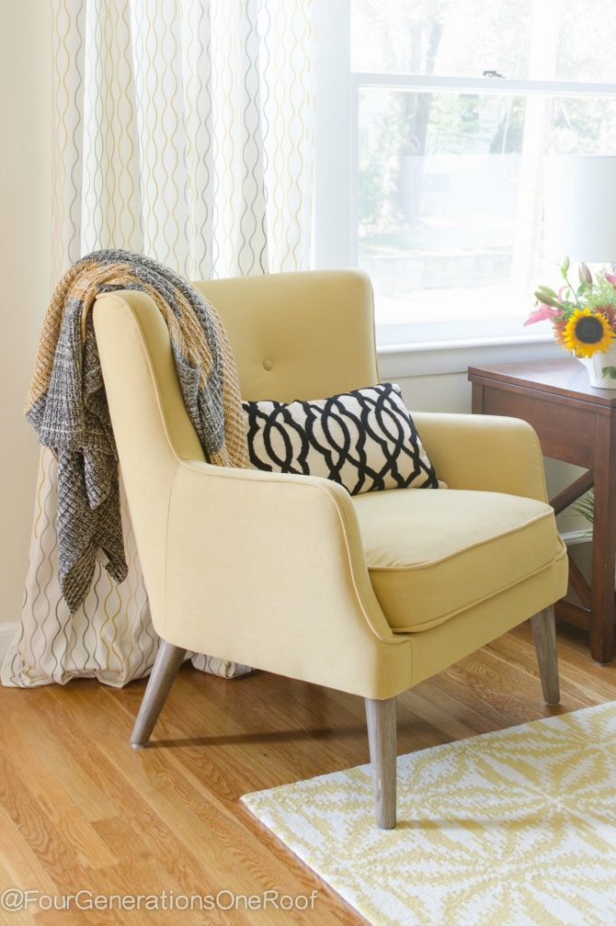 Friday Favorites   Gorgeous sisal rug for Sale