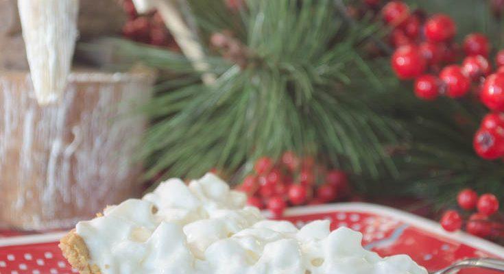 How to Make Christmas Eggnog Pie