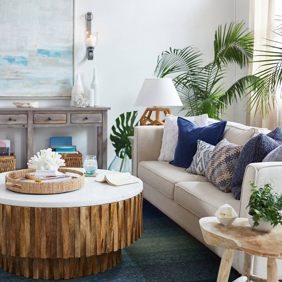 5 Tips To Nail A Navy Blue Coastal Living Room Four