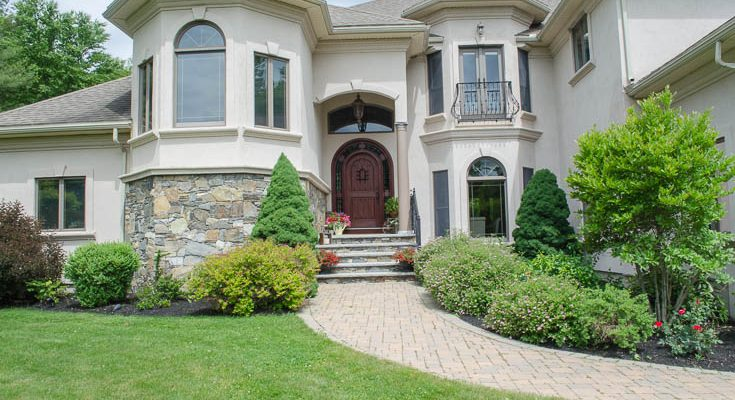 Stained Arched Front Door Summer Decorating Tips {our front entrance}