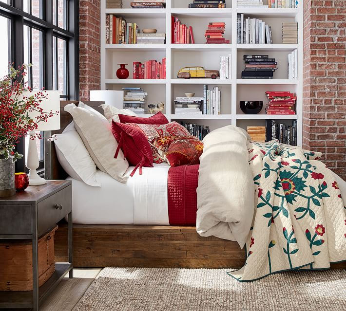heirloom red and blue christmas flowers duvet and sham how to decorate your bedroom for