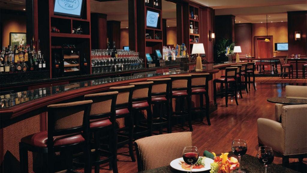 Davids Club Restaurant Omni Orlando Resort Bar area