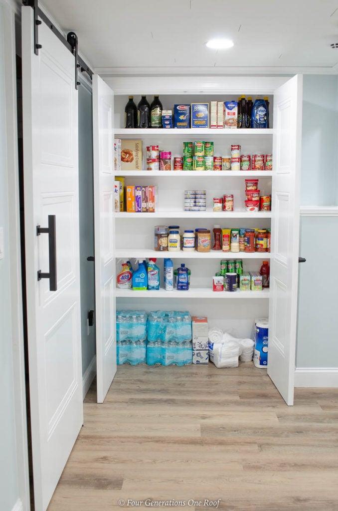 Masonite Livingston Interior pantry doors