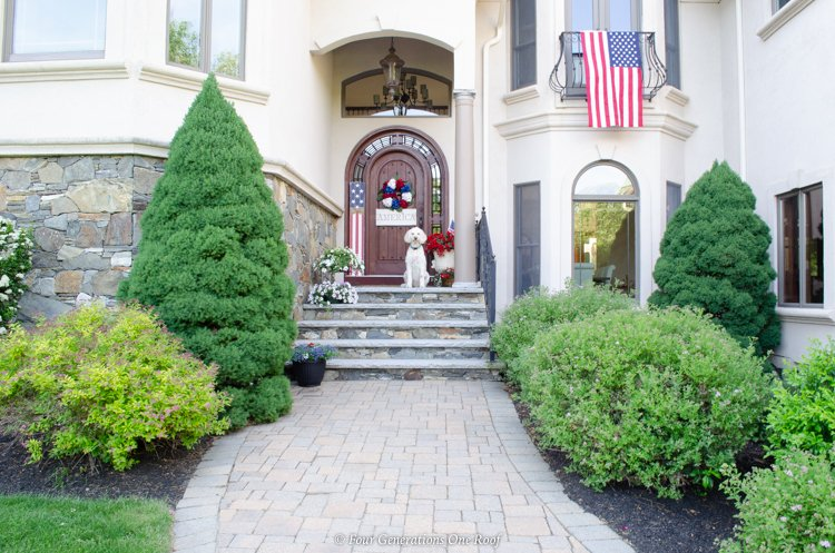 front door and patio 4th of july decorating ideas, 4th of July front door, garden, American flag on balcony