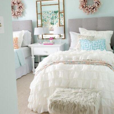 Teen Girl Dorm Room Makeover